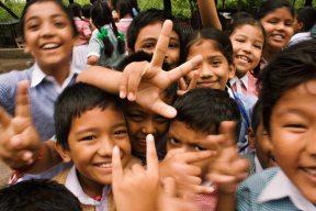 children-close-up-crowd-764681